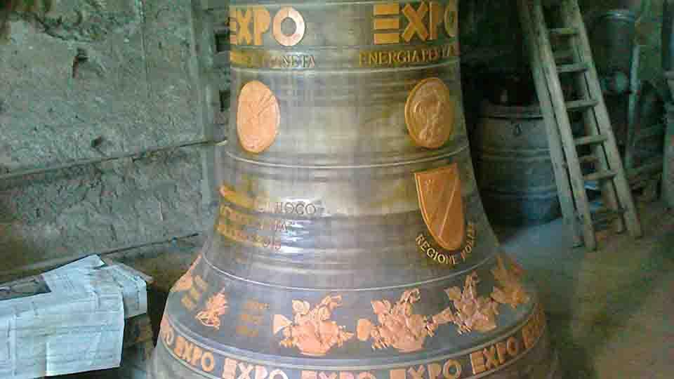 Cerimonia scopertura campana expo