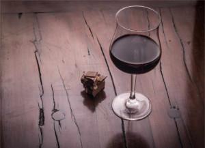Vino rosso e cioccolato per combattere l'Alzheimer