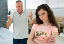 L'adolescenza, periodo difficile. Come gestirlo da genitore?