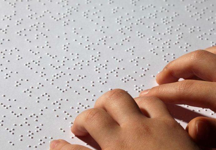 lettura braille