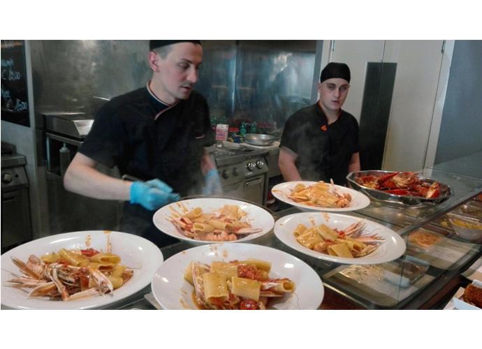 Cucina estemporanea e di alta qualità a Termoli: Recchi Fish cerca ...